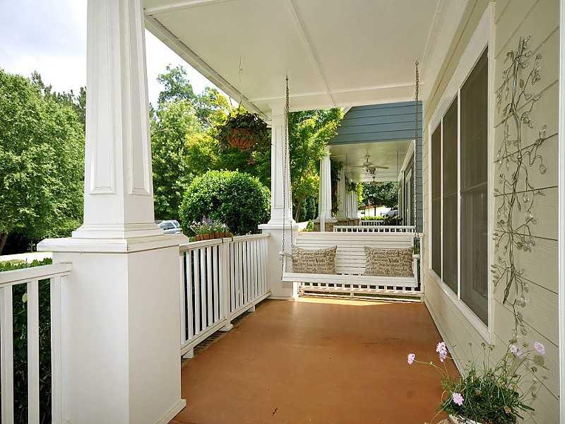 Atlanta Craftsman Style Home In Adams Crossing