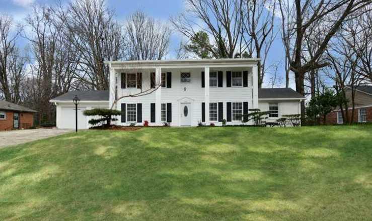 Atlanta Home In Benton Woods